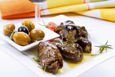 wijnbladeren: Gevulde wijnbladeren en olijven LANG_EVOIMAGES