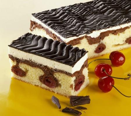 to cake layer: Cake (torta al cioccolato strato) 'Danubio onda'