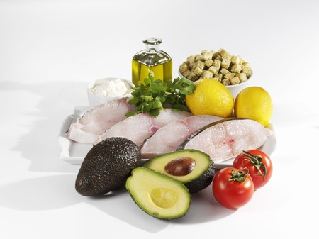 halibut: Ingredients for halibut with avocado
