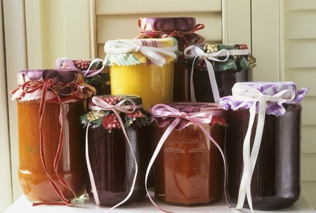 aaa: Jams and sauces in jars LANG_EVOIMAGES