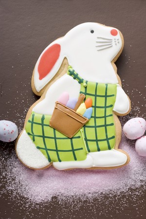 figurative: Easter biscuit (Easter Bunny), pink sugar and sugar eggs