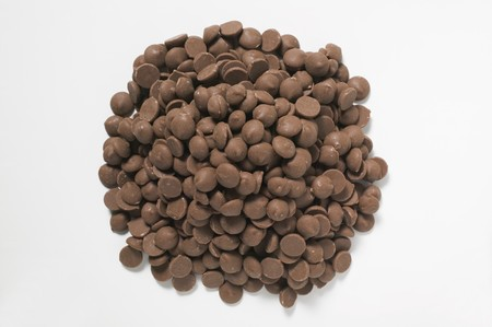 choco chips: A heap of chocolate buttons
