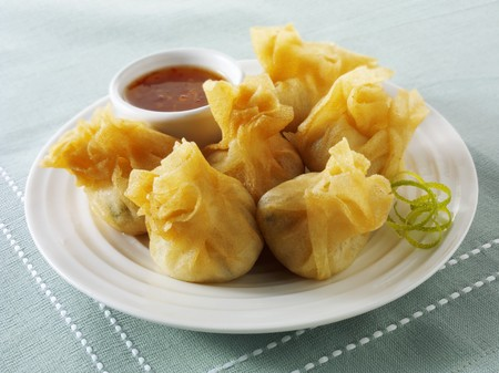 tans: Wontons with dip (Asia)