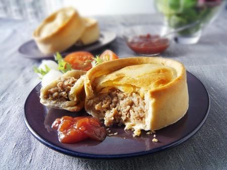 mince pie: Scotch pie (Minced lamb pie, Scotland)