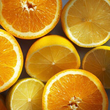 감귤류의 과일: 절반 가까이 떨어졌다 감귤류