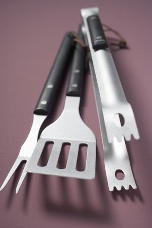 qs: Barbecue tools (tongs, spatula, carving fork) LANG_EVOIMAGES