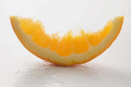 partly: Wedge of orange, partly eaten LANG_EVOIMAGES