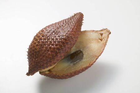 salak: Salak fruit, halved