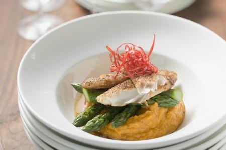 pangasius: Pangasius fillet with asparagus and sweet potato puree LANG_EVOIMAGES