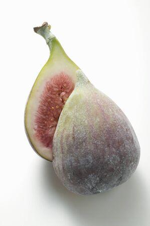 halved: Fig, halved LANG_EVOIMAGES