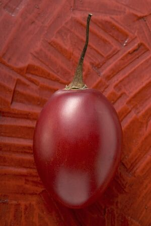 tamarillo: Whole tamarillo