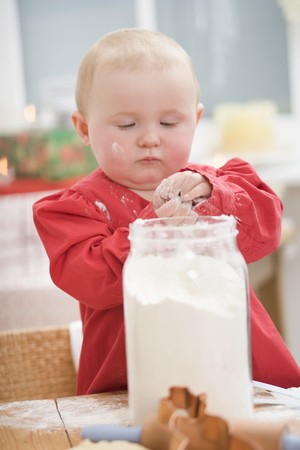 12 step: Toddler with floury hands