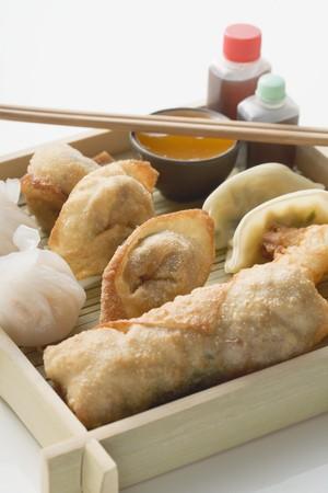 appetiser: Asian appetiser platter to take away LANG_EVOIMAGES