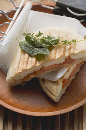 haloumi: Toasted tomato and halloumi sandwiches with herbs