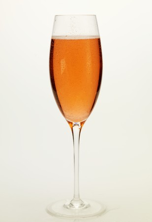 champers: Glass of ros� champagne