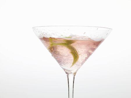 zest: Cosmopolitan with lime zest LANG_EVOIMAGES