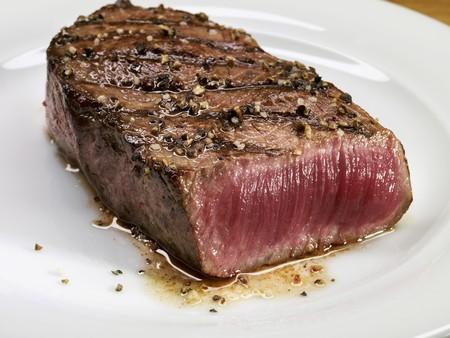 qs: Grilled beef steak (rare)