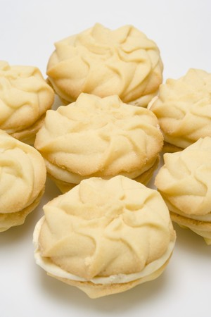 buttercream: Sandwich cookies filled with lemon buttercream