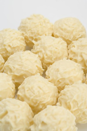 trufas de chocolate: Varios trufas de chocolate blanco LANG_EVOIMAGES