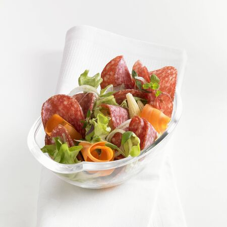 baby corn: Salami salad with carrots and baby corn LANG_EVOIMAGES