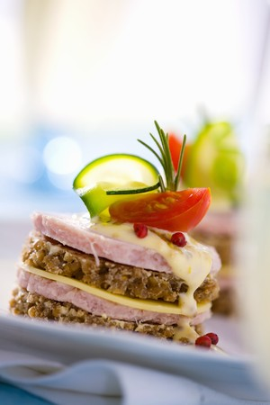 doubledecker: Double-decker luncheon meat & cheese sandwich in wholemeal bread
