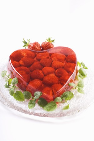 strawberry jelly: Heart-shaped strawberry jelly LANG_EVOIMAGES