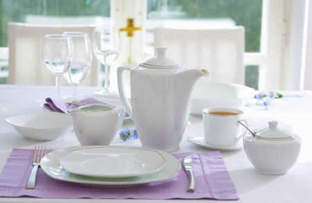 teaset: Place-setting with white tea things