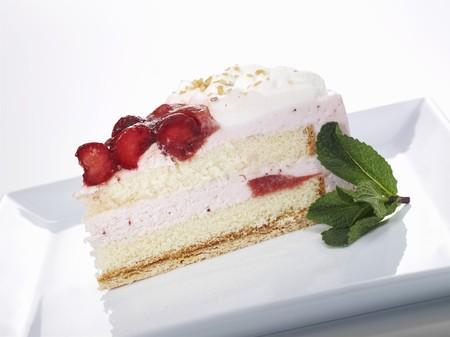 cream on cake: Pastel de crema de fresa