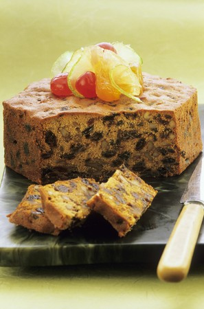 crystallized: Ginger cake with raisins nuts and candided fruits