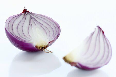 quartered: Red onion (half and quarter)