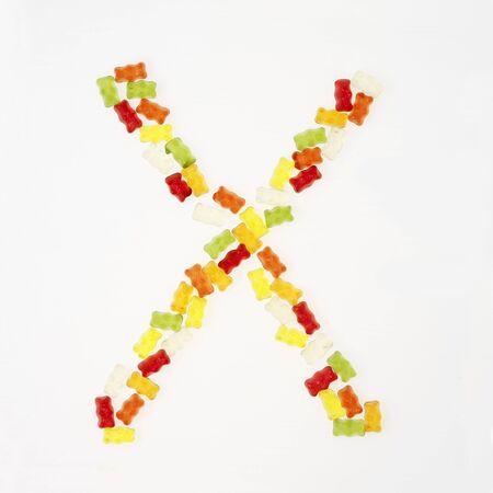 gummi: Gummi Bears che formano la lettera X