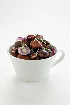 runner bean: Runner bean salad in cup LANG_EVOIMAGES