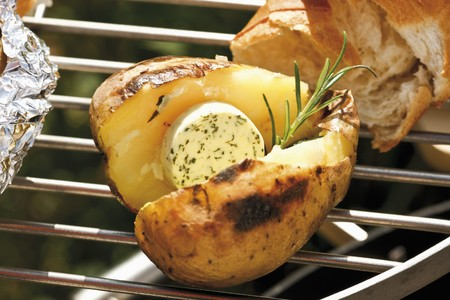 spud: Barbecued potato with herb butter and rosemary, baguette
