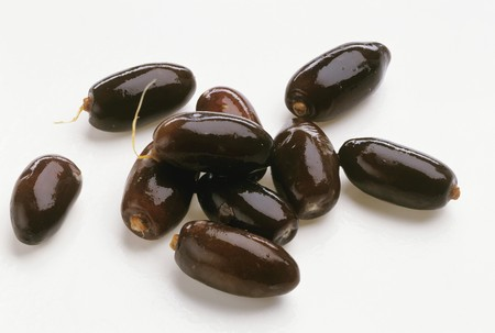 dactylifera: Several fresh dates