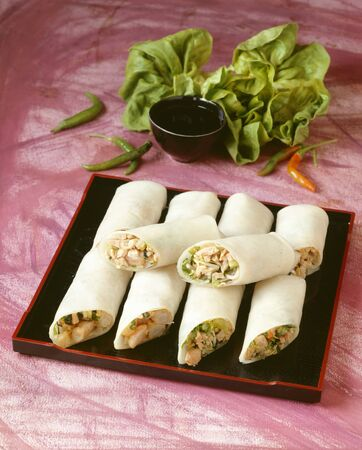 goi: Goi cuon (Cold spring rolls filled with scampi, Vietnam)