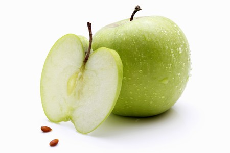 pips: Granny Smith apples (whole, slice and pips)