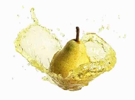 pip: Pear with splashing pear juice