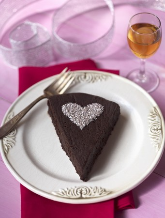 jimmies: Piece of Chocolate Cake with Powdered Sugar Heart LANG_EVOIMAGES