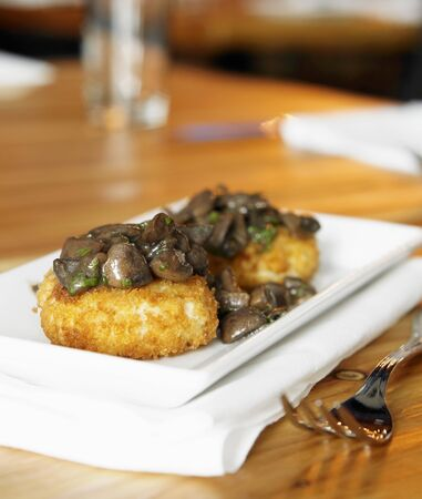 grit: Fried Grit Cakes with Mushrooms