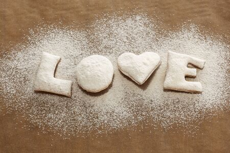 sucre glace: Biscuits �amour� avec le sucre glace
