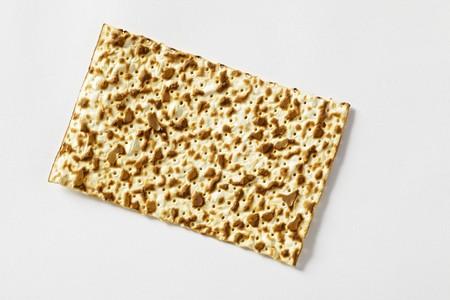 jewish cuisine: Matzo (Jewish flatbread)