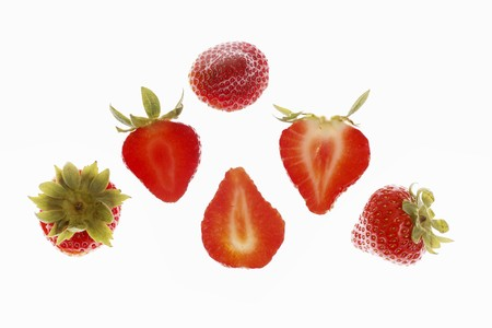 halved: Strawberries, whole and halved