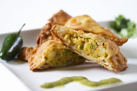 cuisines: Vegetable samosas LANG_EVOIMAGES