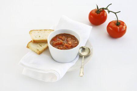 pain blanc: salsa de tomate et le pain blanc
