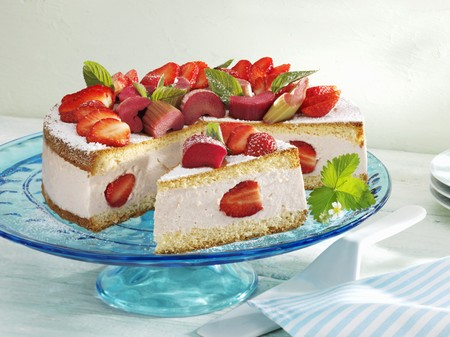cream on cake: Ruibarbo y crema de tarta de fresa LANG_EVOIMAGES
