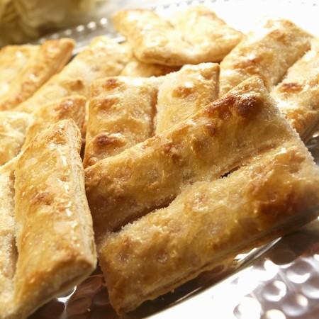 glazes: Bizchochos Dulces de Hojaldre; Argentine Sugar Glazed Pastries