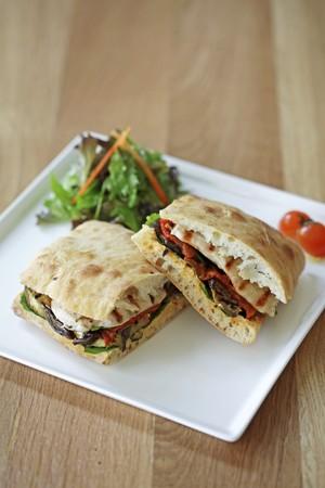 panino: Un panini verduras a la parrilla