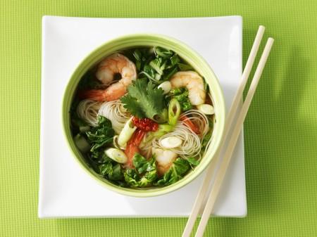 noodle soup: Noodle soup with vegetables and prawns (Asia) LANG_EVOIMAGES
