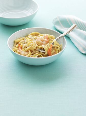 ribbon pasta: Ribbon pasta with prawns LANG_EVOIMAGES