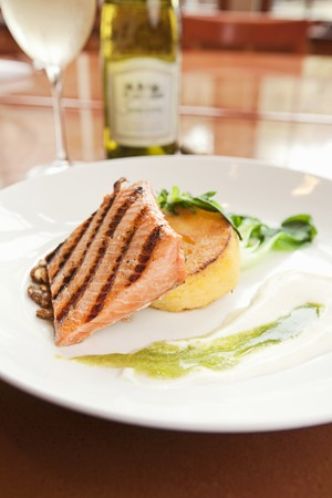 king salmon: Grilled Alaskan King Salmon with Polenta Cake and Grilled Lime Emulsion LANG_EVOIMAGES